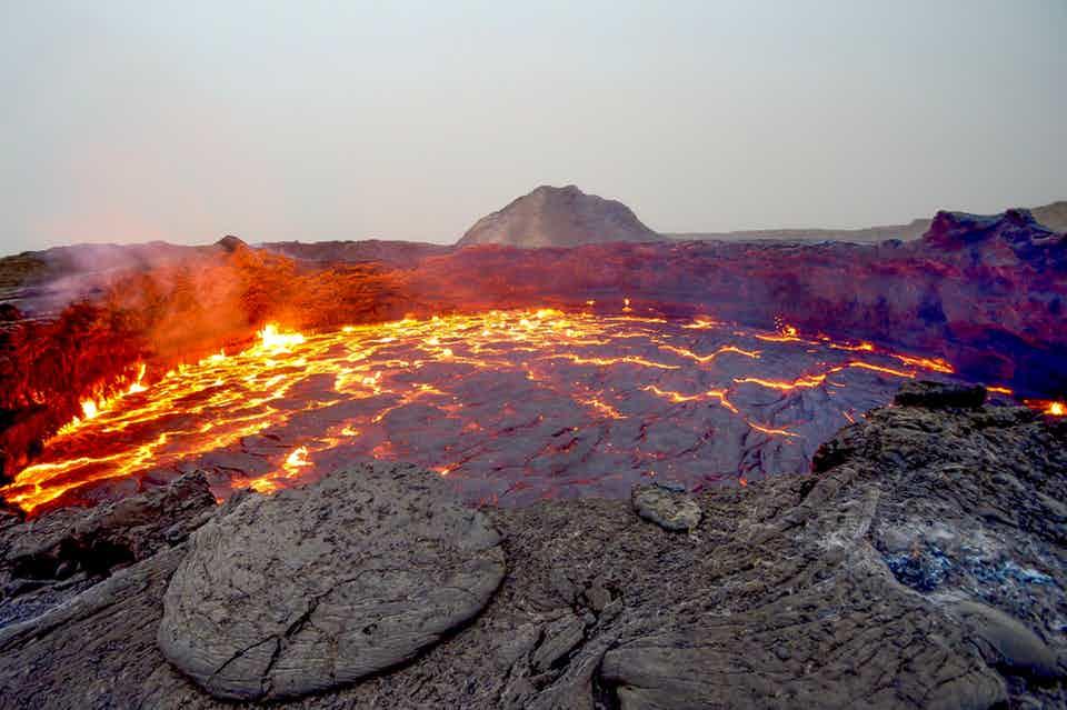 火山那么热,人类正考虑用它发电