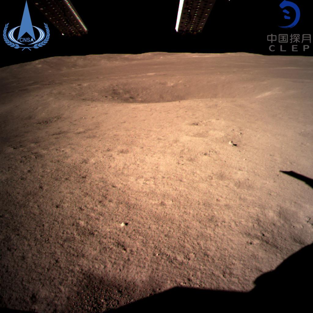 玉兔二号降落月球