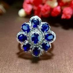 蓝宝石首饰