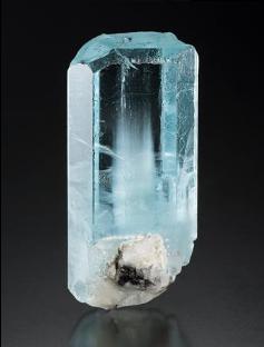 海蓝宝石晶体